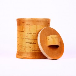 Getreidespeicher aus Baumrinde.