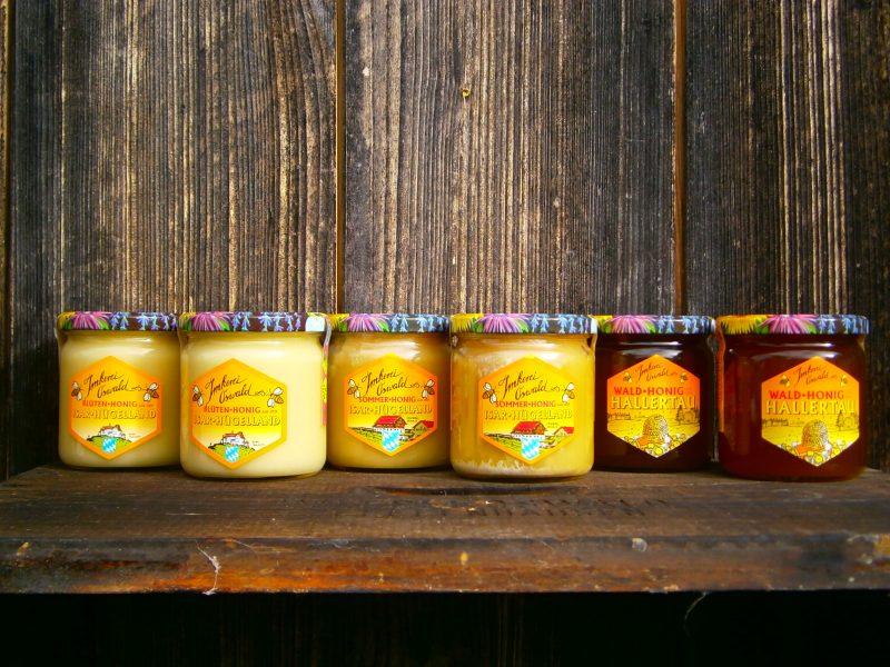 Natur Honig bzw. echter deutscher Honig direkt vom Imker. Alle Sorten Honig vom Imker Oswald. Honig Fakten von Oswald Honig 2017.