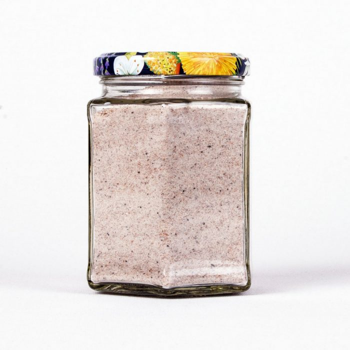 Ein Sechseckglas feines Bergsalz aus den Alpen (Steinsalz) für die Küche von Salzversand Oswald www.bio-honig.com.
