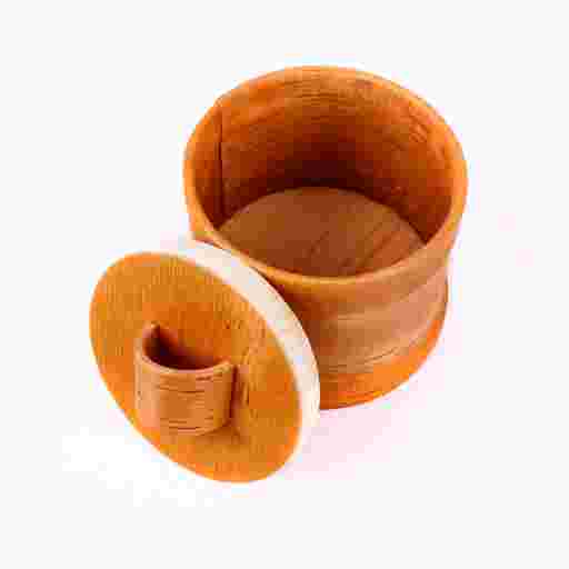Edle Holzdose aus Handarbeit als Tischgefäß oder zum Aufbewahren von Schmuck oder wertvollen Steinen.