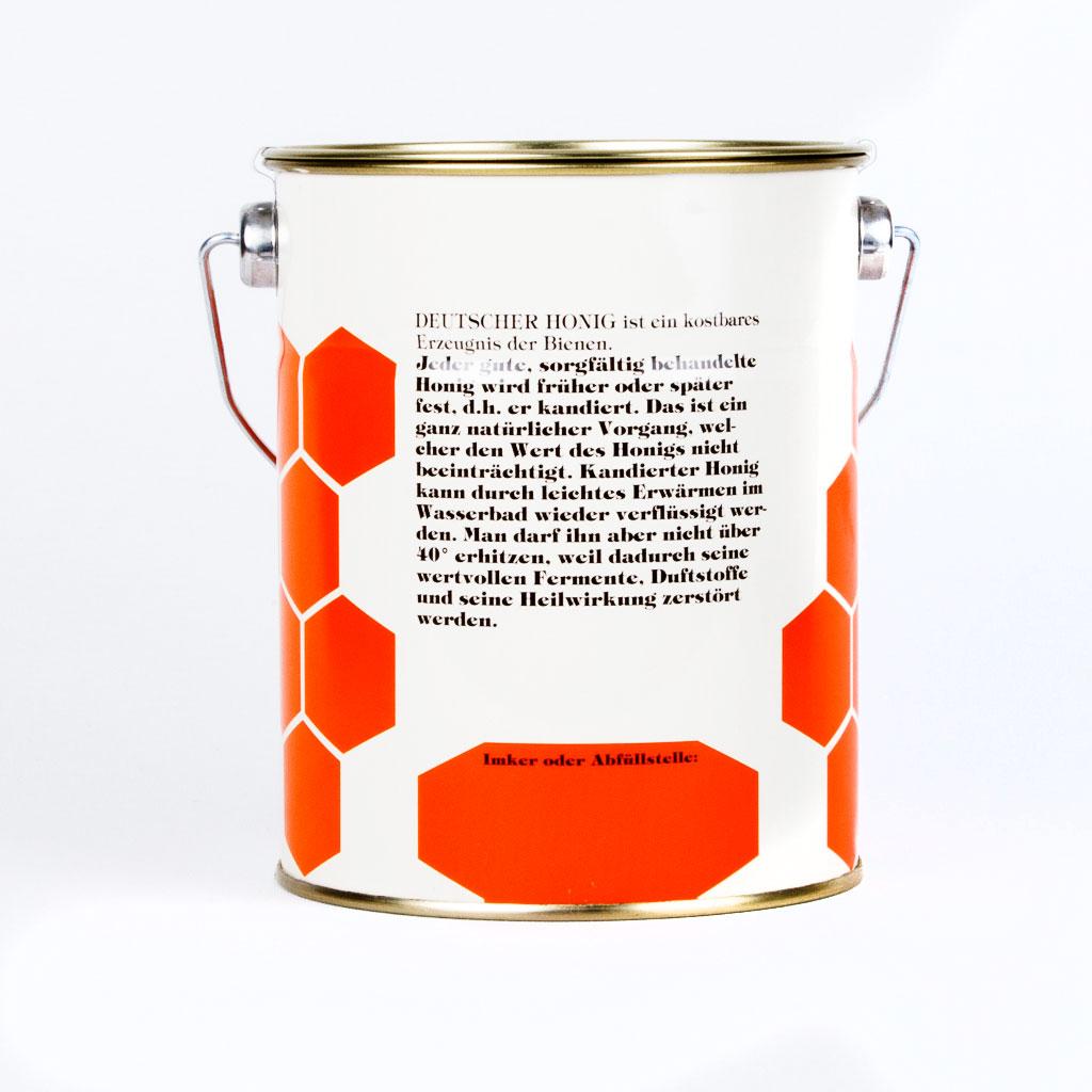 Deutscher Honig ist eine kostbares Erzeugnis der Bienen.