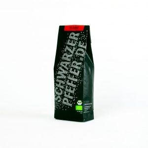 Eine Packung Gourmet Regenwald Naturpfeffer (Bio-Pfeffer) für die feine Cuisine.