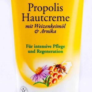 Tube der Bio-Hautcreme vom Naturkosmetik Sortiment des Versand Shop von Imkerei Oswald.