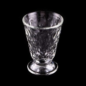Das ornamental reich geschmückte Renaissance Glas VENEDIG.